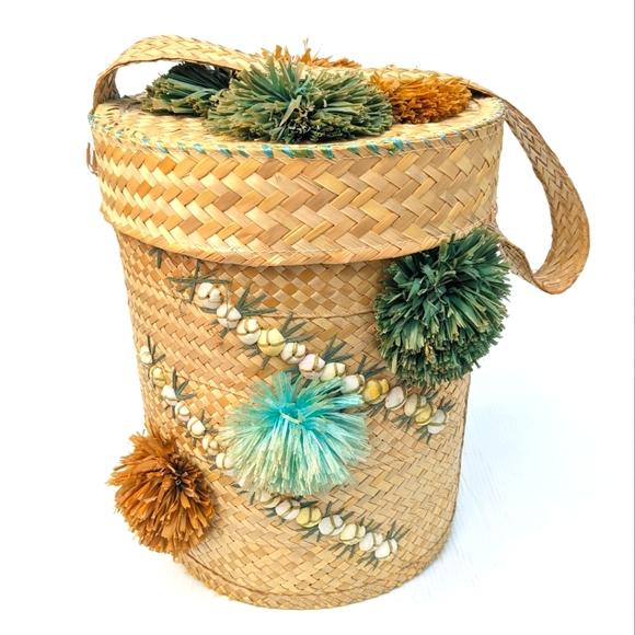 Woven Wicker Raffia Seashells Tall Basket With Lid